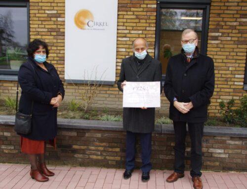 Huisarts Gulzar met pensioen: Donatie hospice De Cirkel als afscheidscadeau